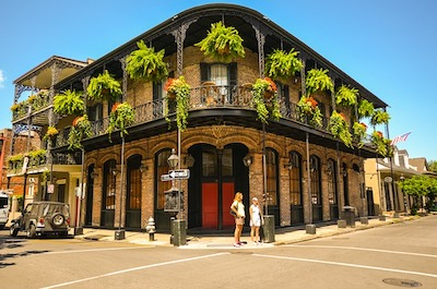 photo of building in New Orleans